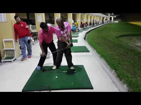 Belajar golf with Teaching Golf Pro-Driving Range Pringgondani ( Golf Drill Tri Winarto- Indonesia).