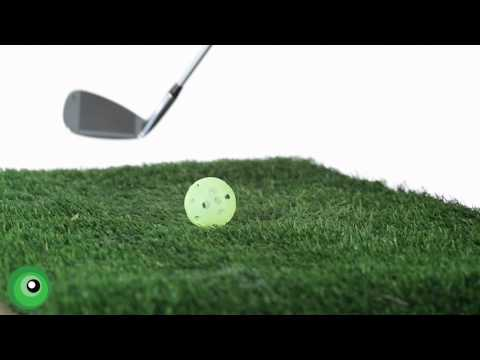Golf Tips for Beginners: Striking the Ball