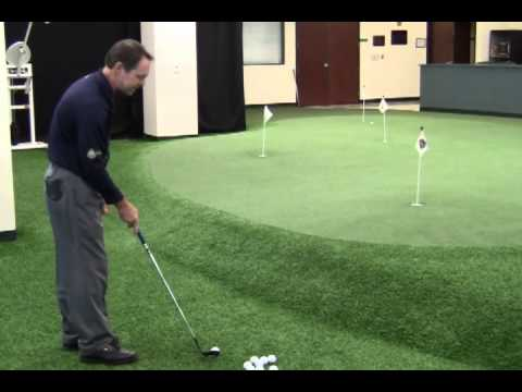 Chipping Tips From College of Golf