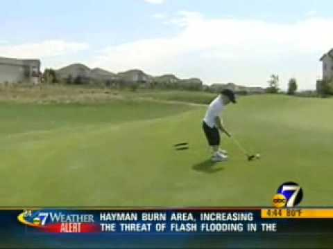 2-Year-Old Has Perfect Golf Swing, Nice Kid vs Tiger Woods