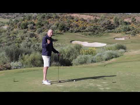 Golf PAR 3 Essentials for Beginners