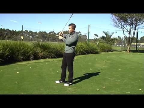 Chipping from bad lies – Leon Faulkner Golf
