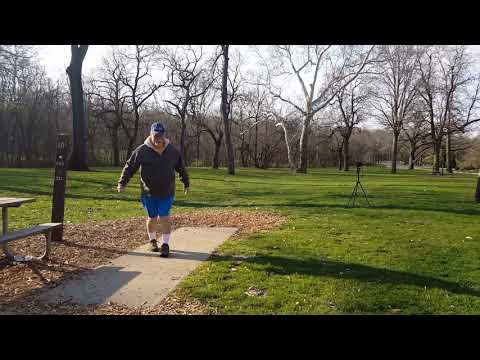 Disc Golf Duffers early morning driving practice, disc golf for seniors