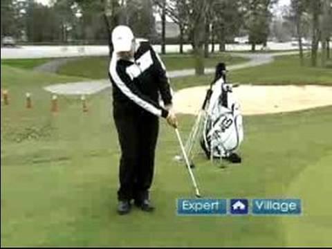 Left-Handed Golf Tips : Chip Shots for Left-Handed Golfers