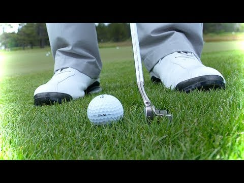 Putting Tips: When to use putter or wedge off the green?