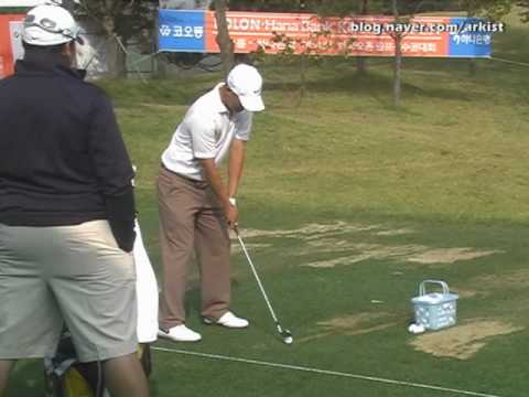 Anthony Kim slow motion Iron Golf Swing from driving range (1)