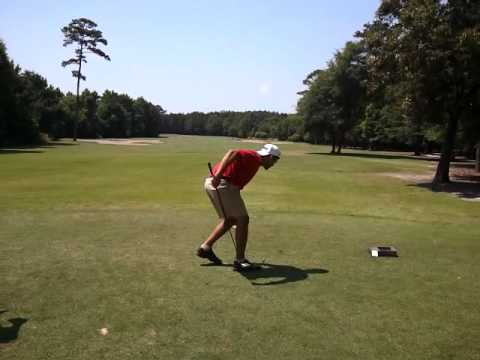 Left handed golfer using right hand Taylormade R11