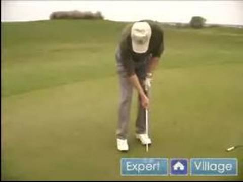 Golf Tips & Techniques : Improving Your Putting Grip
