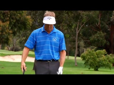 Stuart Appleby golf tips – Club choice for greenside chipping