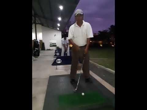 Tips Golf Piching dan Chipping (Bromo Golf Club)