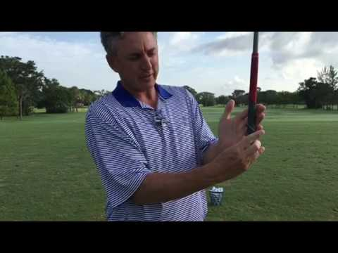 How to Grip the Golf Club with Your Lead Hand