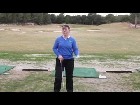 How ladies should grip the golf club – Golf tips
