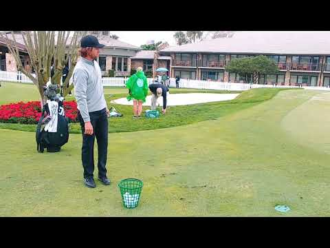 Aaron Baddeley, chipping practice, 2019 Arnold Palmer Invitational