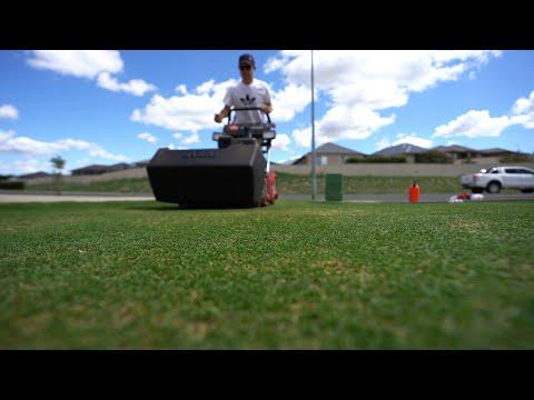 Toro Greensmaster 1000 Mowing at 5mm (0.197) // Home Putting Green