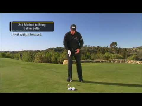 GOLF: Chipping – Stop Ball Quicker by Phil Mickleson (Golf Tips Edit)