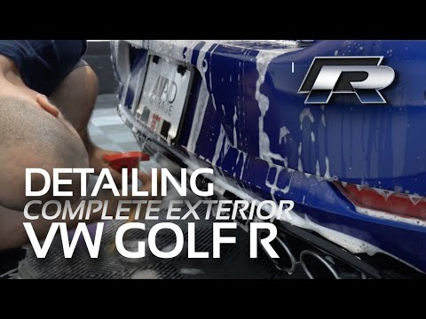 SATISFYING DETAIL OF 2018 VW GOLF R /// Putting the RAD Touch on a Gorgeous Lapiz Blue Volkswagen