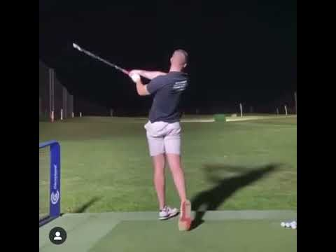 🐝 – 2 Iron STINGER 💨 🔥  – Can You Do It  #golf #shorts #golfswing