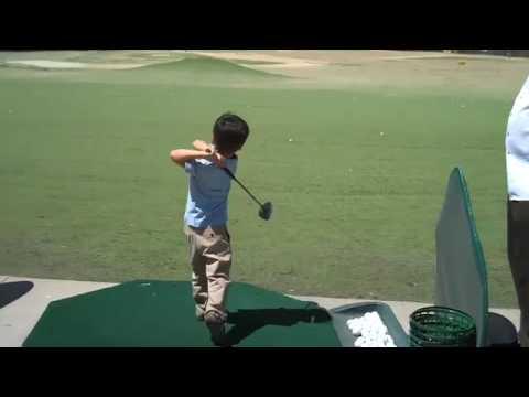 AMAZING 5 yr old junior golfer at driving range Got Golf 13?