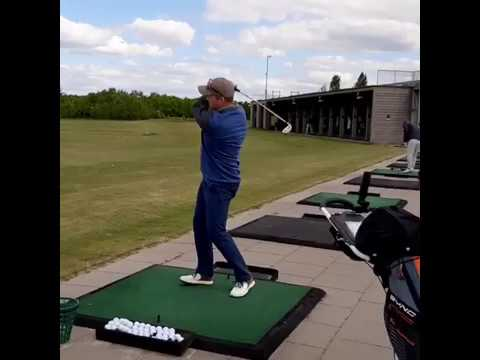 Monty's first left handed golf swing 😁🤞