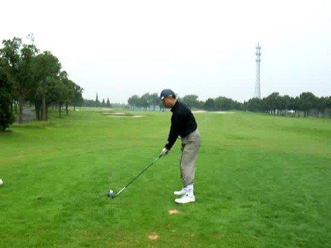 80golf swing left handed  ゴルフスイング 081004